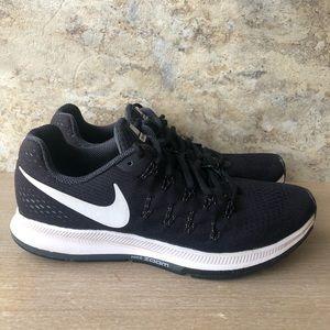 Nike Zoom Pegasus 33 Running Sneakers